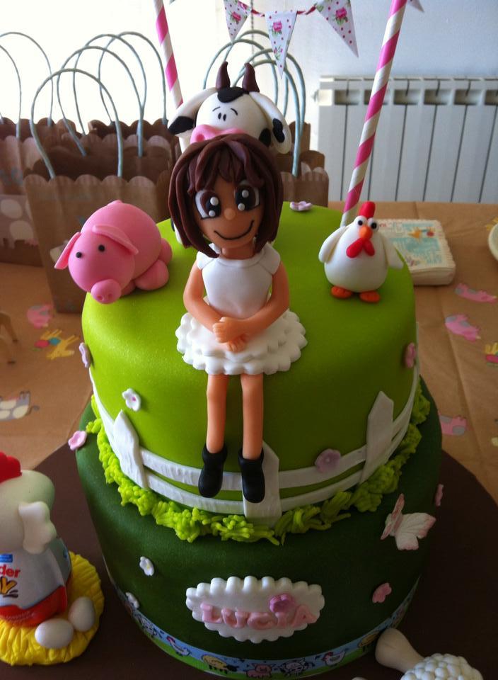 Mesa de dulces de animales de granja para celebrar un cumplea os infantil hicimos galletas de Mesa de cumpleanos infantil